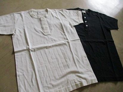 ヘンリーネックTシャツ 好評です。